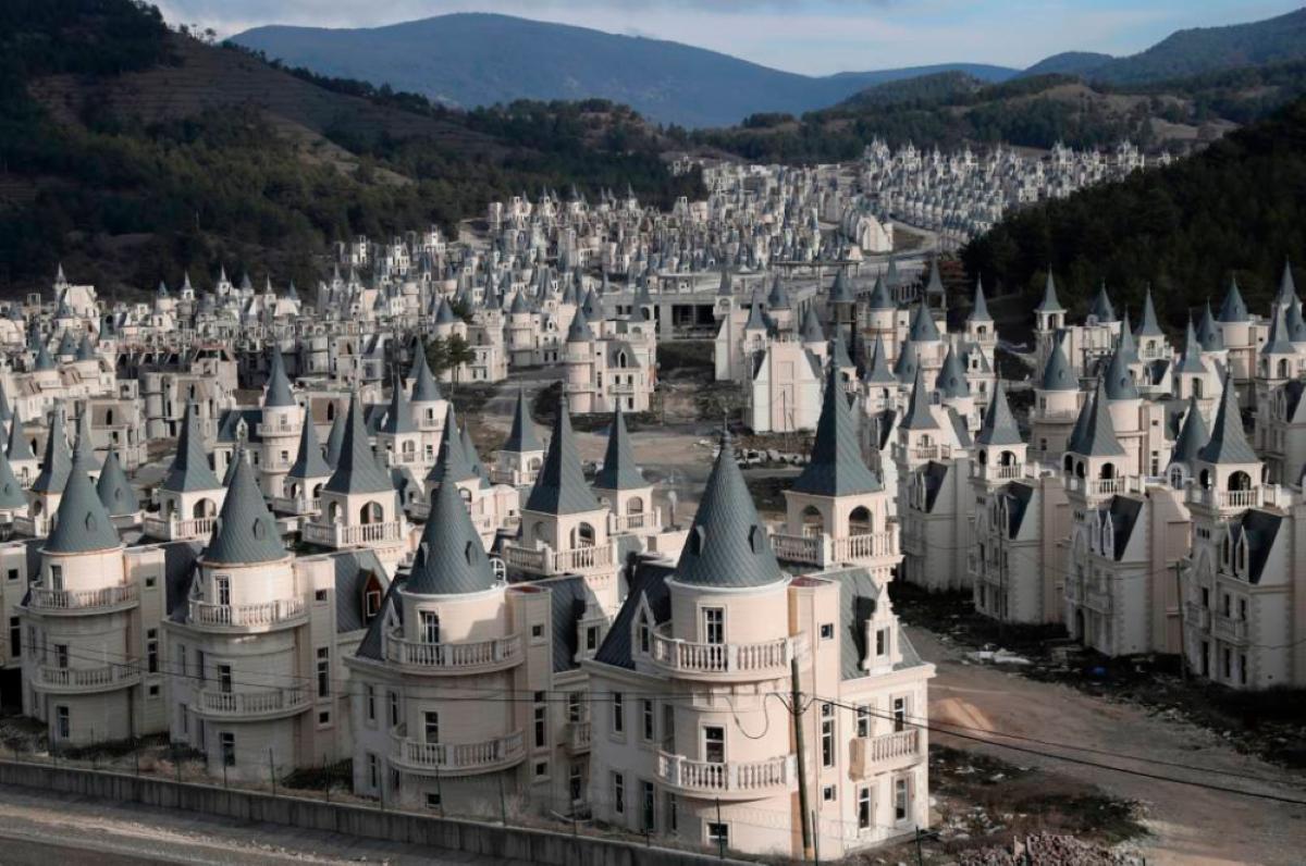turchia castelli abbandonati