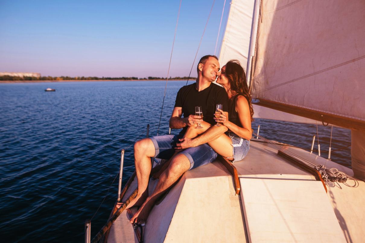 vacanza in barca a vela rende felici