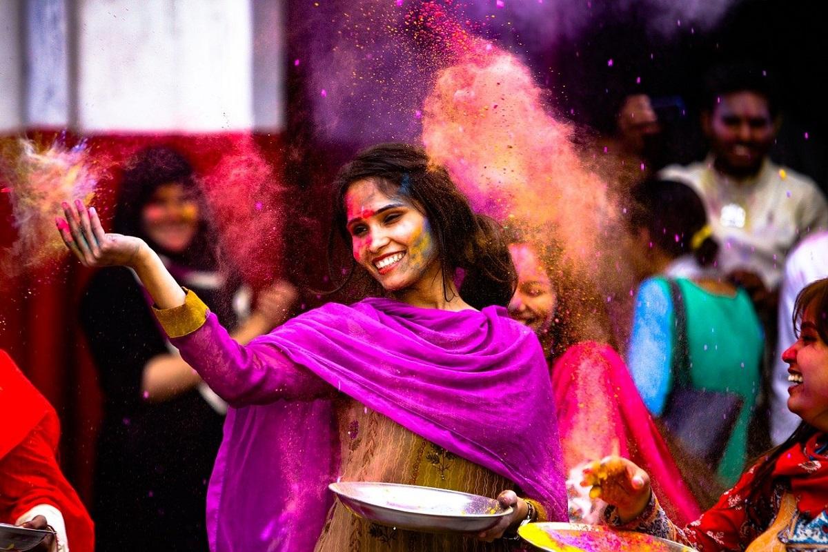 India festa dei colori