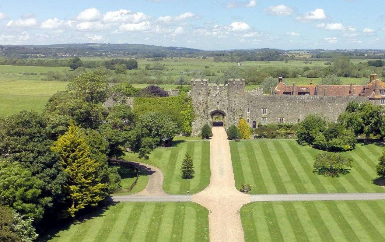 Castello di Amberley: come soggiornare in una fortezza vecchia di 1.000 anni