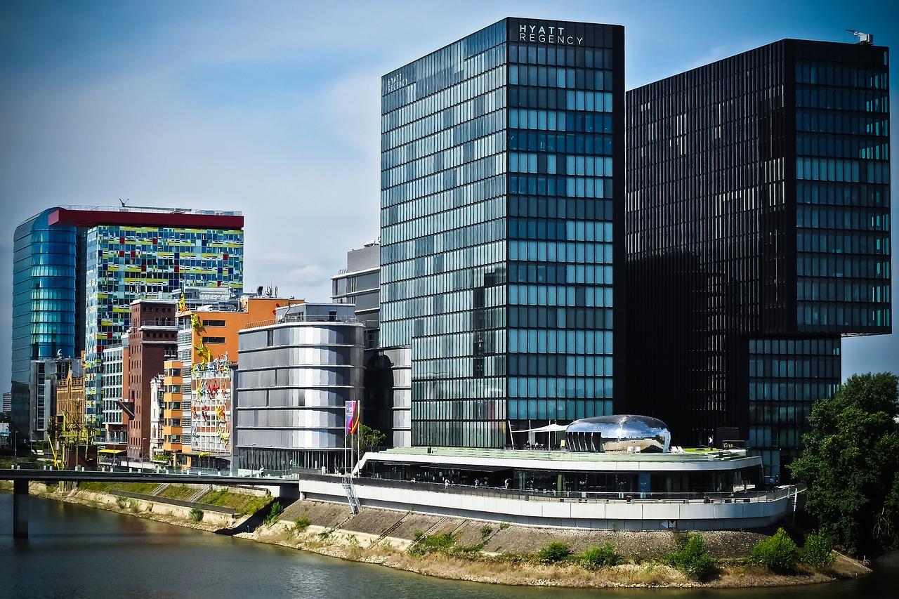 architecture-1515475_1280