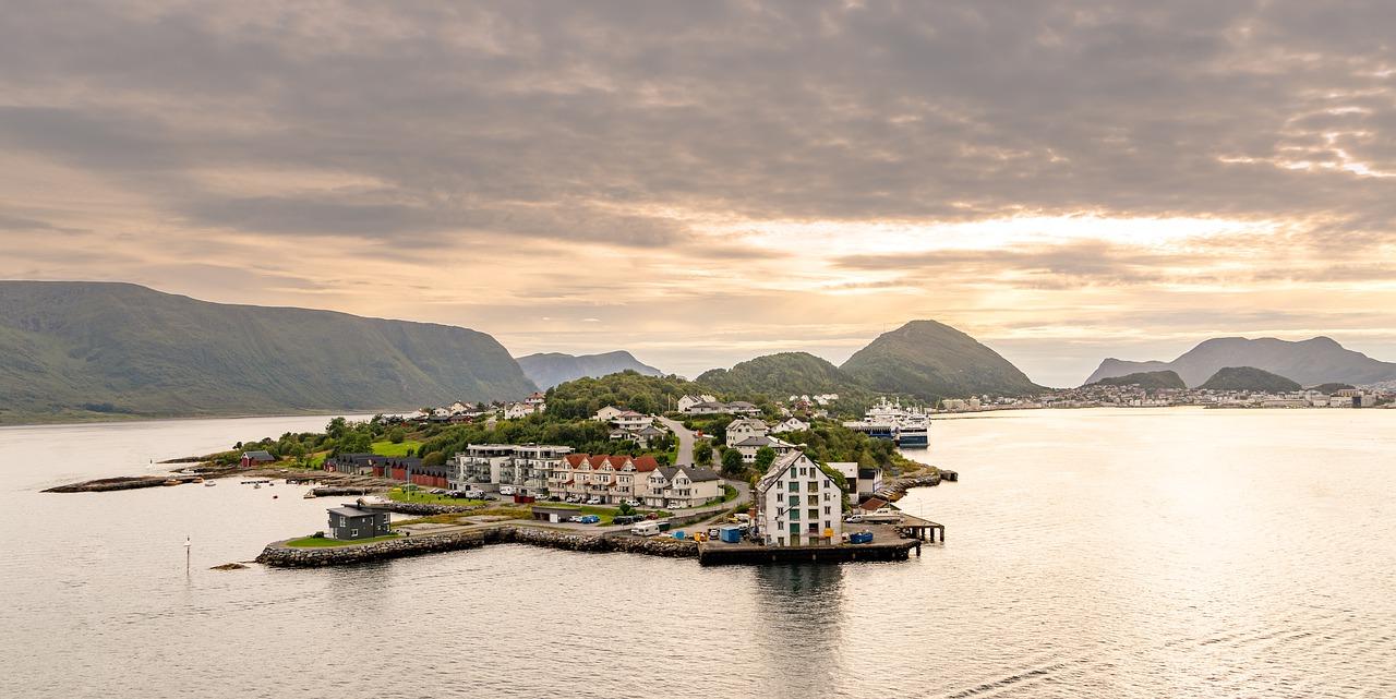 Alesund, 10 migliori cose da fare durante un viaggio in Norvegia