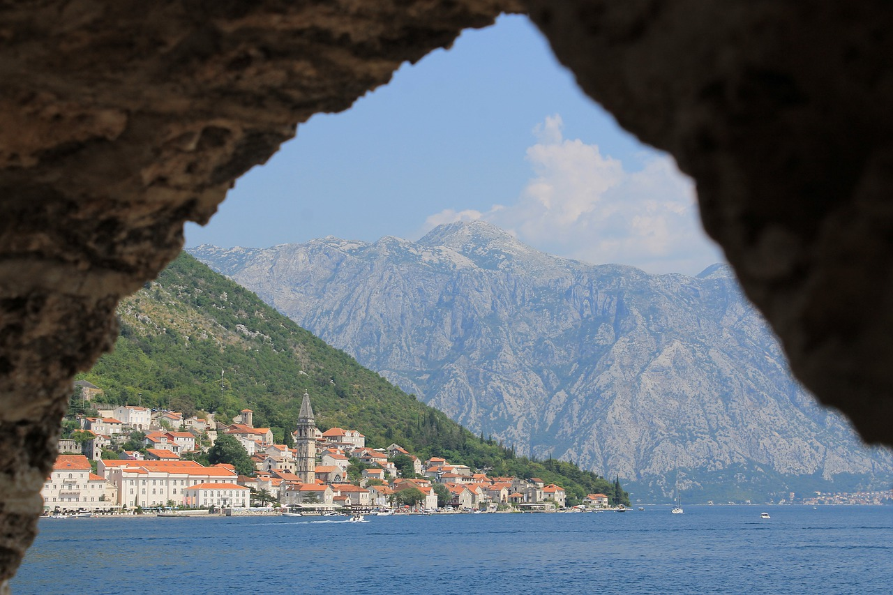 baia di kotor montenegro