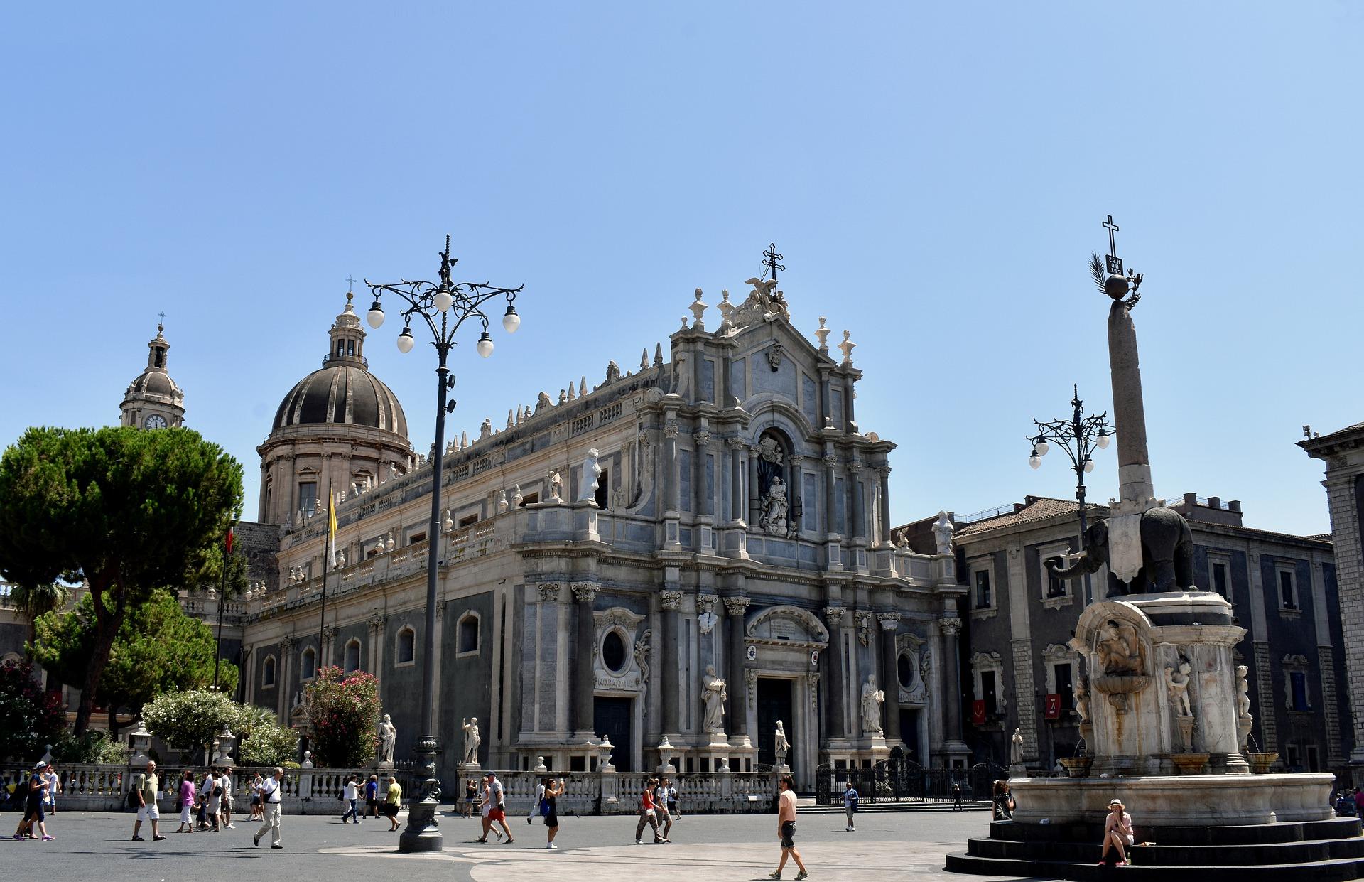 Piazza centrale di Catania