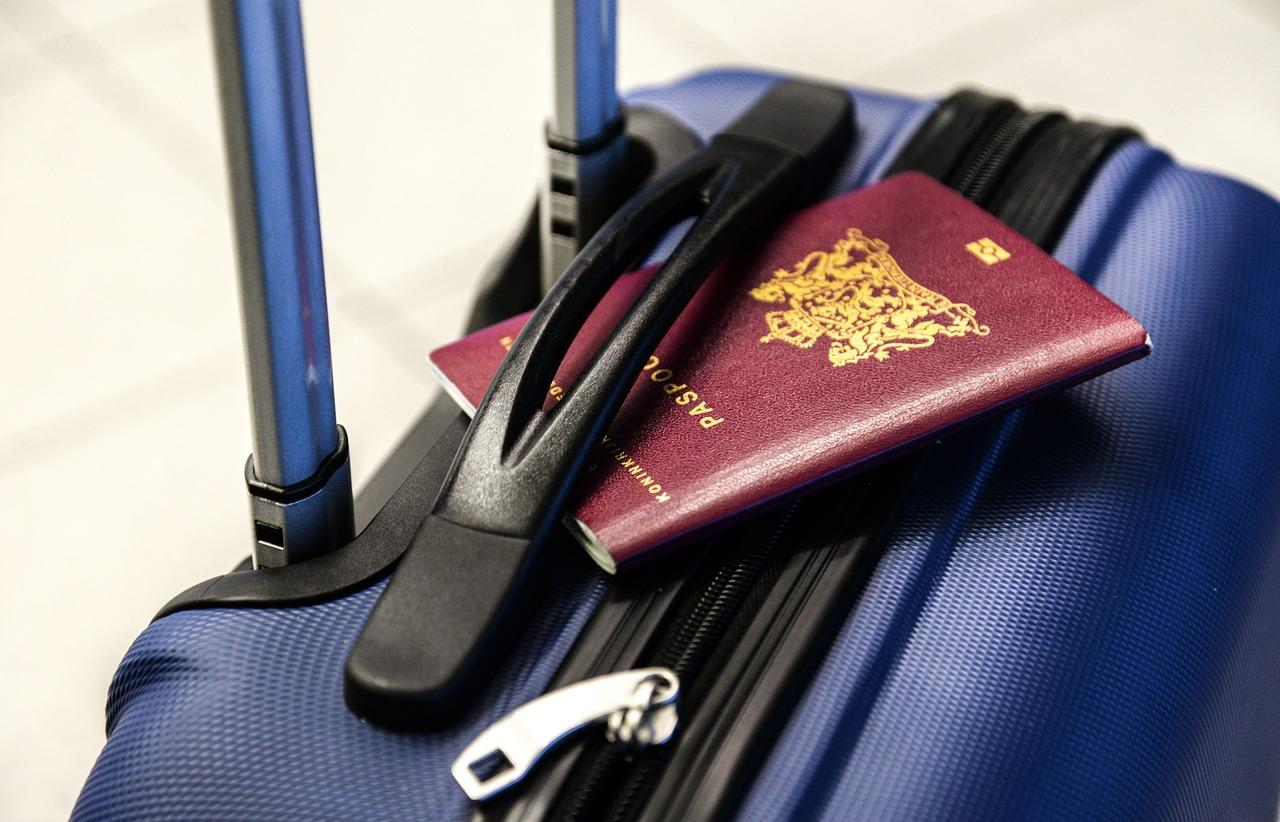 passport 2733068 1280 1