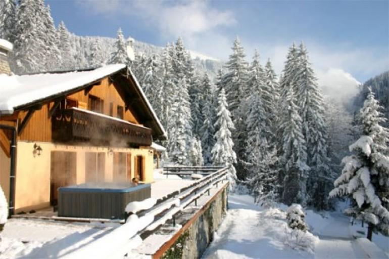 Gli chalet pi romantici dell 39 alta savoia viaggiamo for Disegni di chalet svizzeri