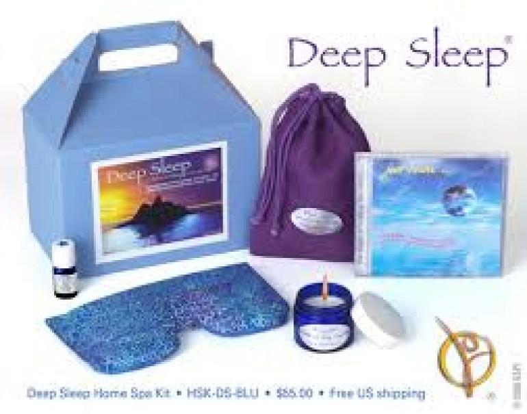 Dormire serenamente in aereo con un kit viaggiamo for Cuffie insonorizzanti per dormire