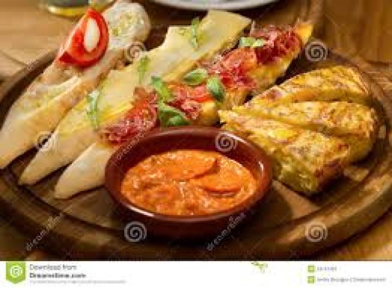 I piatti e i pasti della cucina spagnola viaggiamo for Cucina spagnola