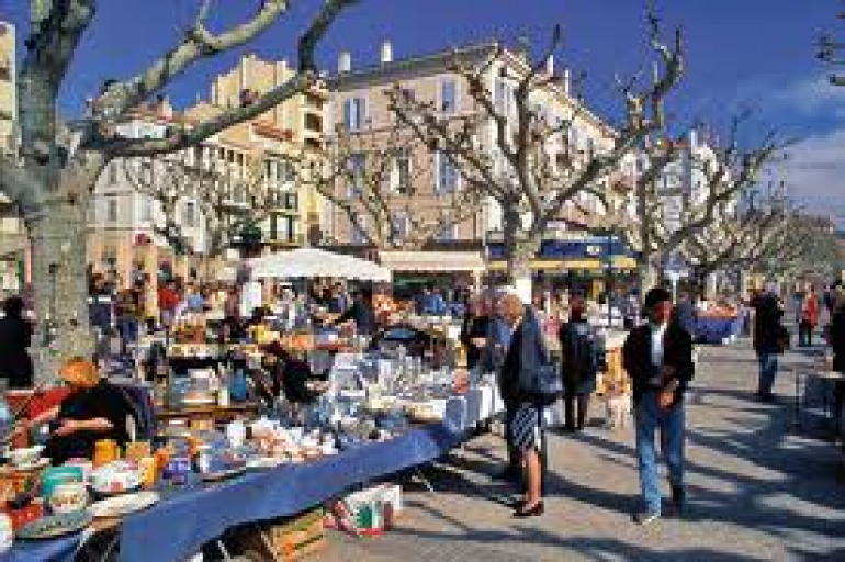 Gli orari dei mercatini di nizza viaggiamo for Antiquariato costa